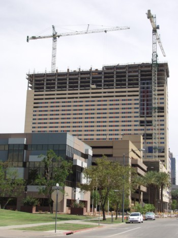 Sheraton_downtown_phoenix_2